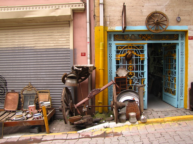Assorted antiques, Cukurcuma