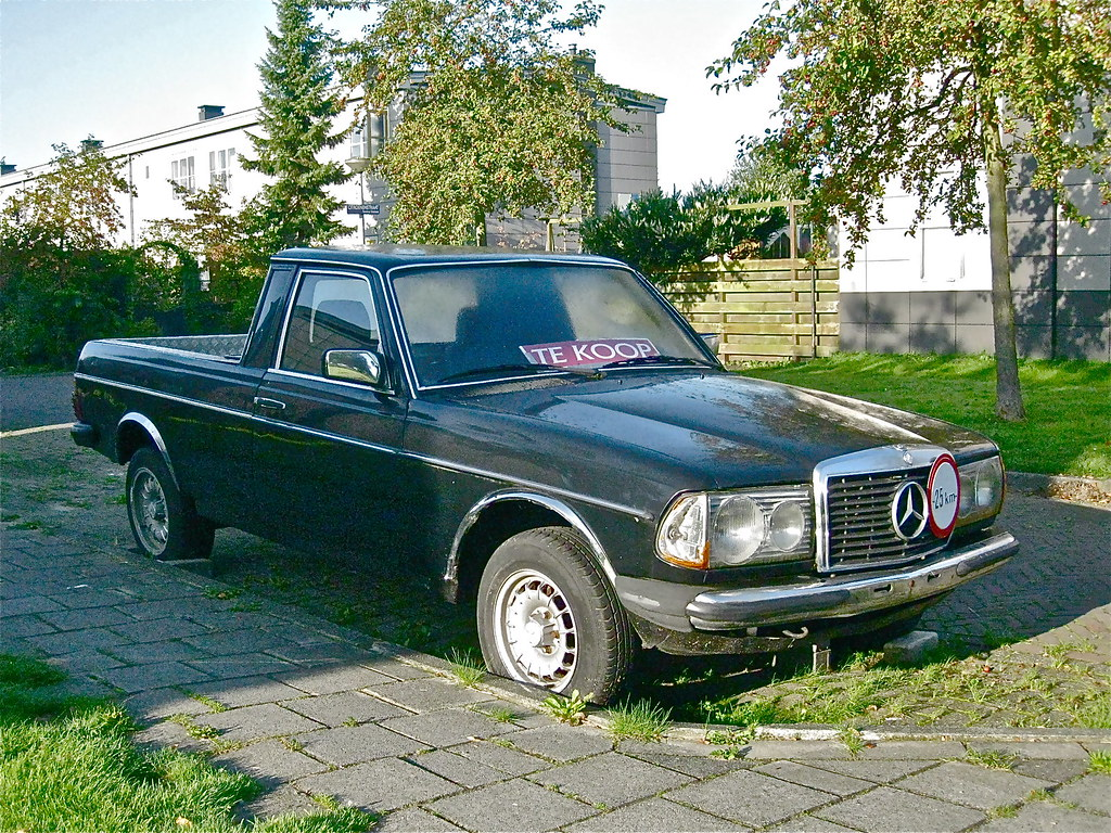 1981 mercedes benz w123 300td pick up this formerly motor flickr. Black Bedroom Furniture Sets. Home Design Ideas