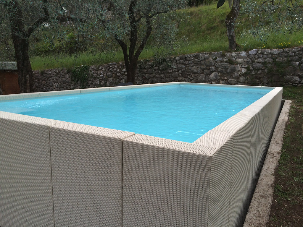 Dolcevita diva 358 8 piscina dolcevita diva 3 5x8 metri for Laghetto pvc