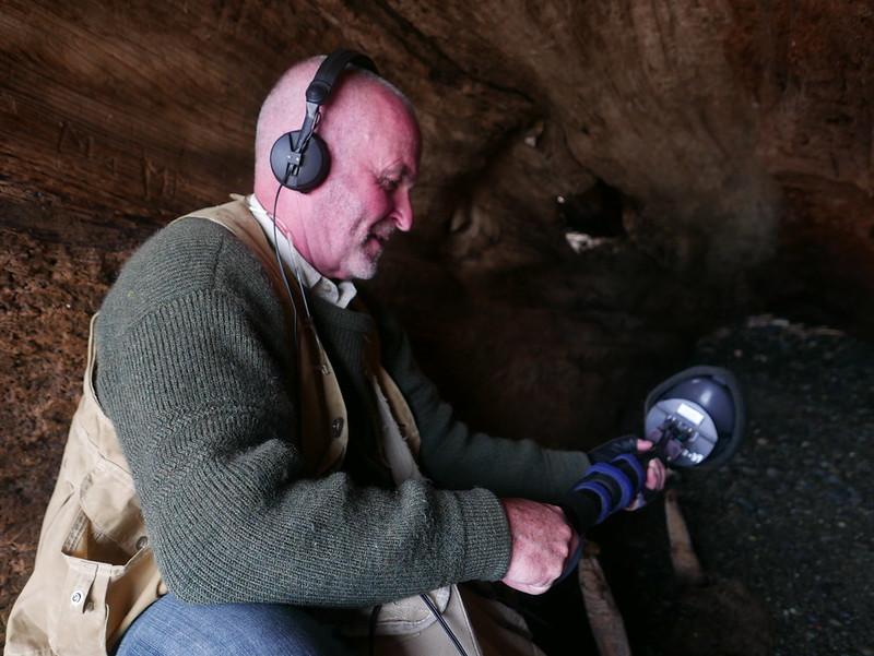 戈登.漢普頓是一個錄音師也是一位聲音藝術家。圖片來源: 范欽慧