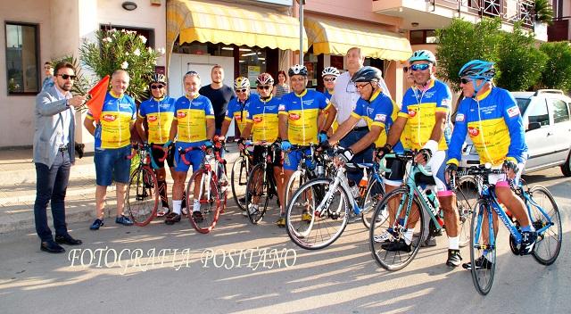 Noicattaro. Gruppo Ciclistico intero1