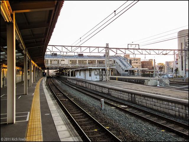 Aichi Loop Line Platform at JR Okazaki