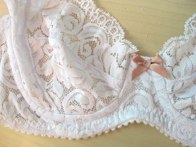 White Lace Marlborough Bra