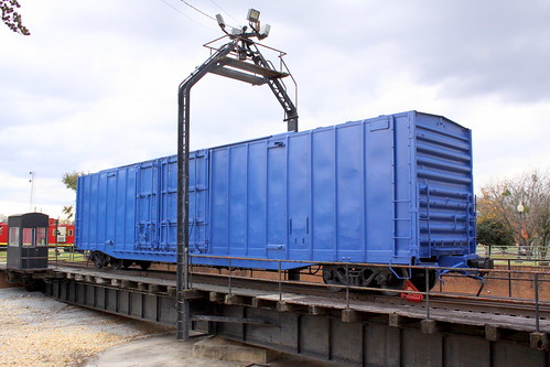 Huntsville Turntable & Blue Boxcar