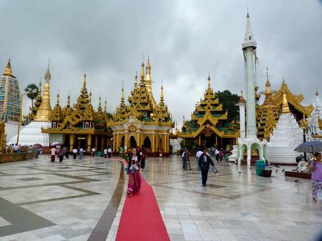 Myanmar shwedagon paya yangon