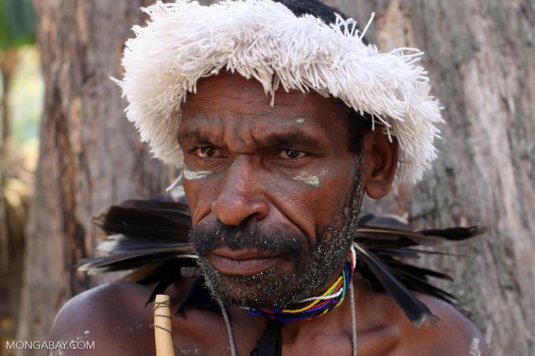 巴布亞省的達尼族(Dani),身在印尼的新幾內亞,是世界上最語言多樣化的島嶼。與婆羅洲或大部分印尼不一樣,巴布亞省是美拉尼西亞人(Melanesian)的家。照片:Rhett A.Butler