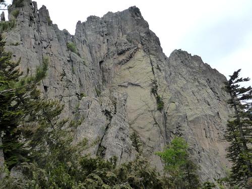Sur la crête Buvona - Samulaghja : face E de Punta di Ferru