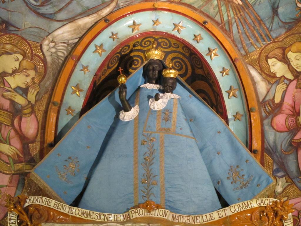Virgen de La Dorada en Toulose Francia