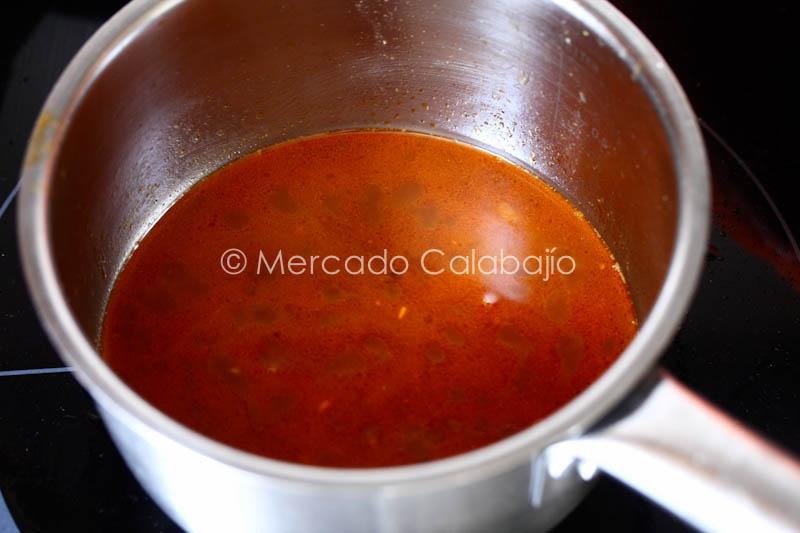 ESPARRAGOS CON SALCHICHAS Y SALSA DE TORTA DEL CASAR-19