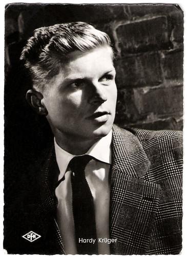 Hardy Krüger in Banktresor 713 (1957)