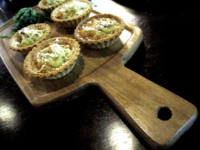 Eco-Delight chicken quiche set