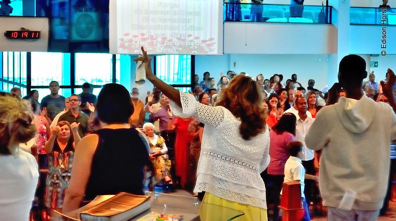 A Igreja em Louvor ao Senhor