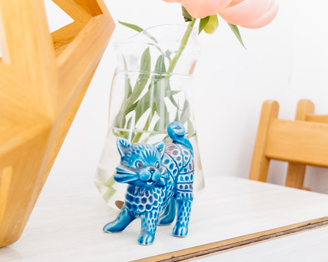 vintage ceramic blue cat