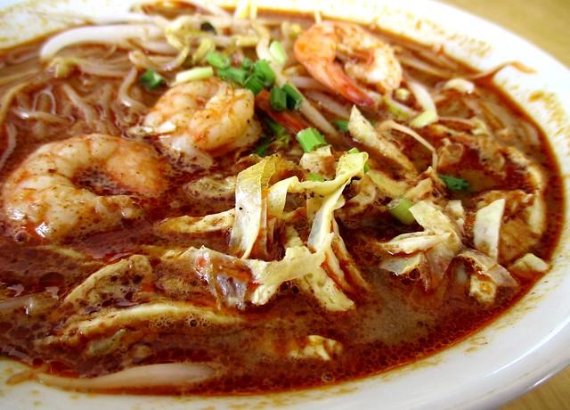 Colourful Cafe Sarawak laksa 2