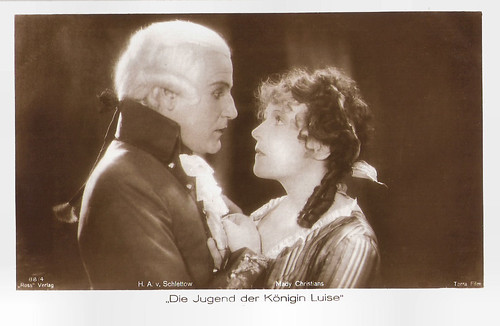 Hans Adalbert Schlettow and Mady Christians in Die Jugend der Königin Luise (1927)