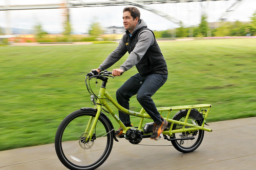 Electric Bikes Eugene Oregon Yuba Spicy Curry cargo bike