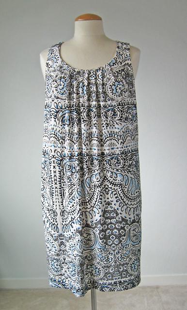 dress unbelted V1236