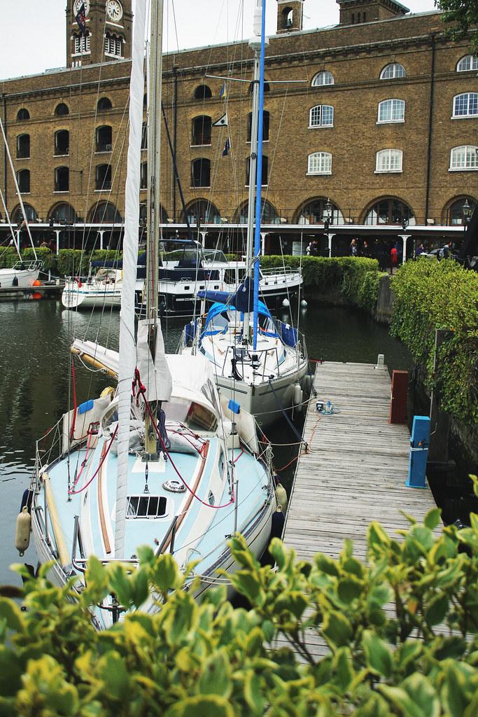 Trip4Real Black Cab London Tour Yachts St Katherines Dock 2