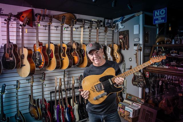 Vintage_Guitars_IMG_5664