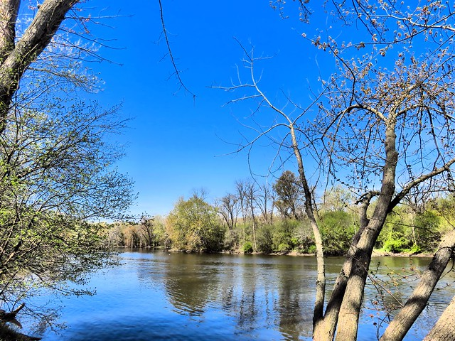 Fox River to south HDR 20150429