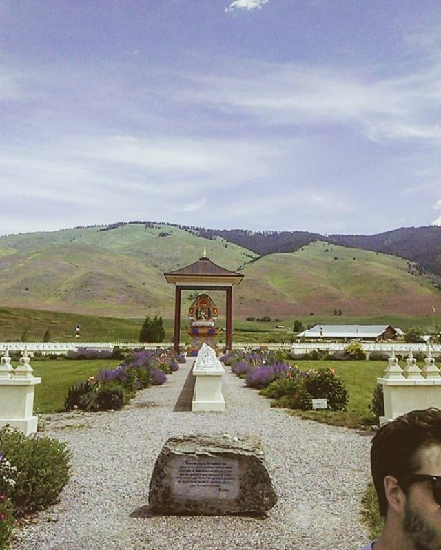 Garden Of 1000 Buddhas Facebook Twitter Instagram T Flickr