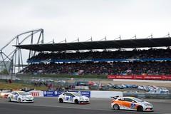 Opel beim 24-Stunden-Rennen Nürburgring 2015