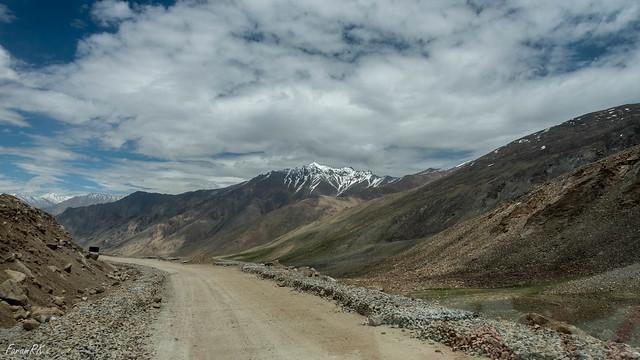 Heading north towards North Pullu. Current elevation 15,800'.