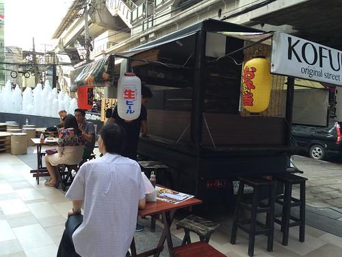 2015-05-01 Food truck BKK (20)