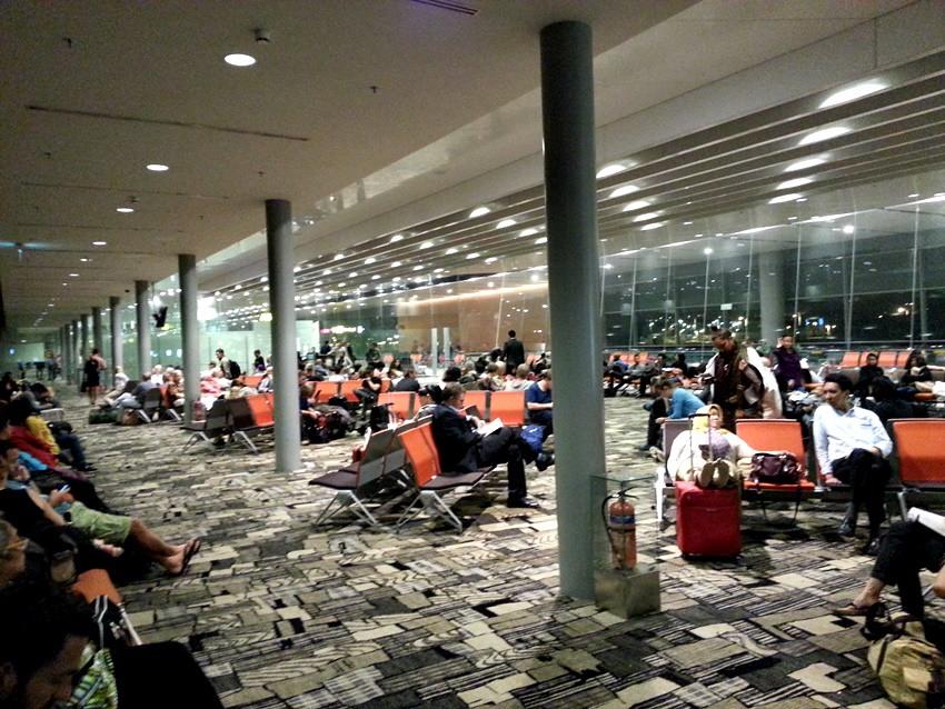 how to change flight garuda indonesia