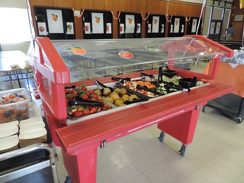 A salad bar at Antioch Unified School District