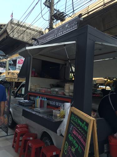 2015-05-01 Food truck BKK (9)