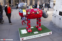 ROBO-SHAUN No.42 - Shaun The Sheep - Shaun in the City - London - 150512 - Steven Gray - IMG_0528