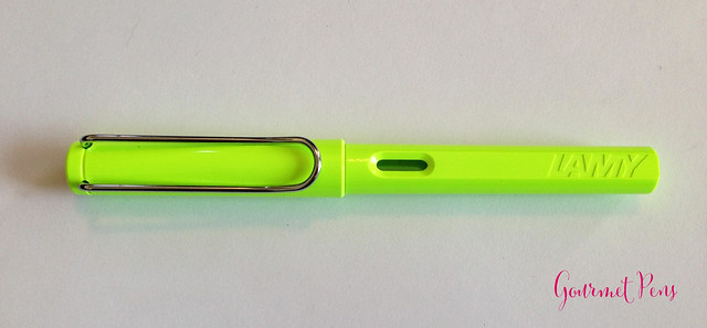 Review Lamy Safari LE 2015 Neon Lime Fountain Pen @Fontoplum0 @Lamy @LamyUSA (2)