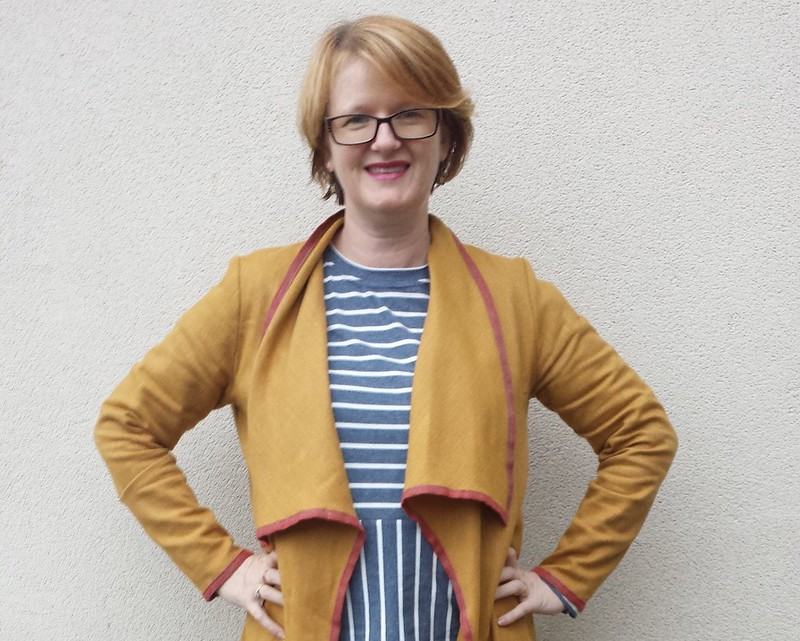 Style Arc Mason jacket in vintage wool from Rathdowne Fabrics edged in linen ribbon from Darn Cheap Fabrics