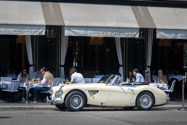Gorgeous Austin Healey in Paris, France