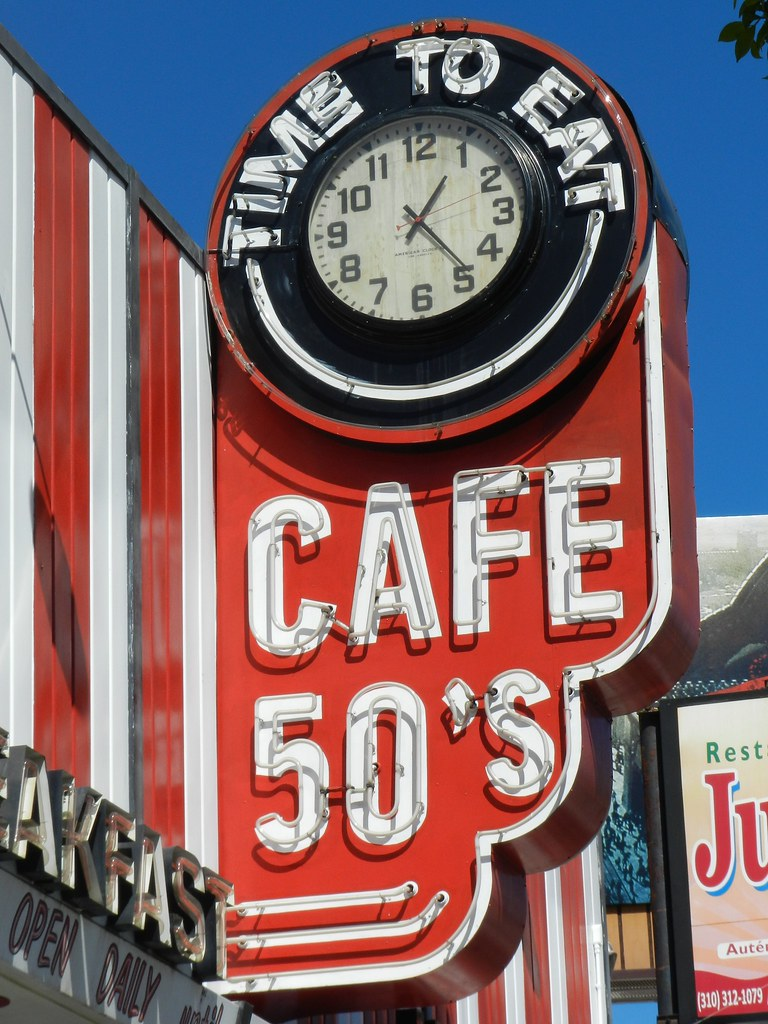 S1 P 1708 Cafe : Cage 50u0026#39;s Clock and Neon Sign Traveling ...