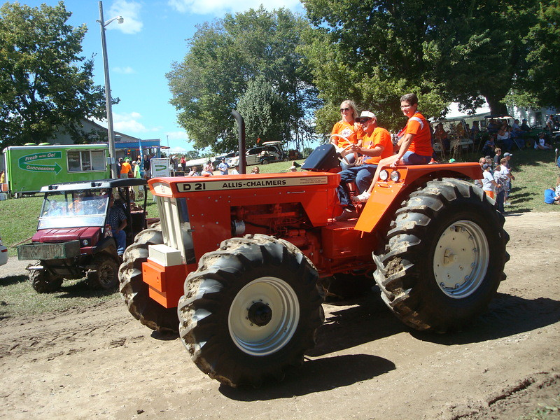 Allis Chalmers D21 : Allis chalmers d fwa ac did make s with