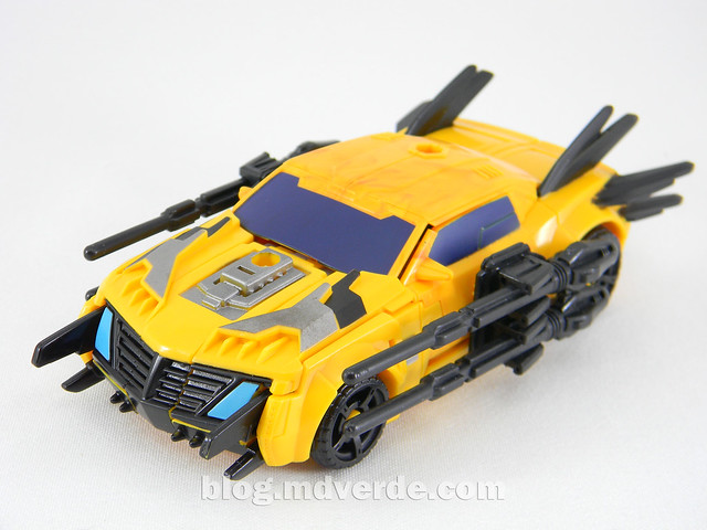 Transformers Bumblebee Deluxe - TF Prime Beast Hunters - modo alterno