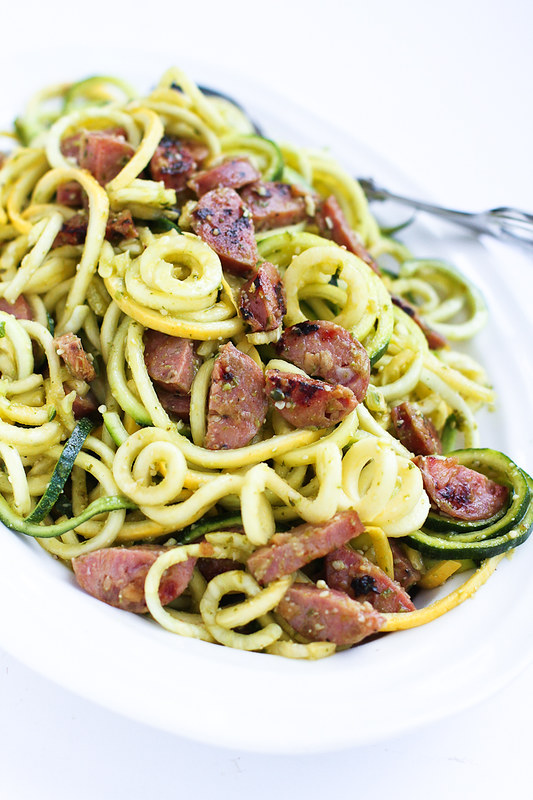 Pesto Zucchini Noodles with Chicken Sausage…Only 6 ingredients! Perfect when you're craving pesto pasta, but want a light and healthy recipe. 205 calories and 4 Weight Watchers Freestyle SP