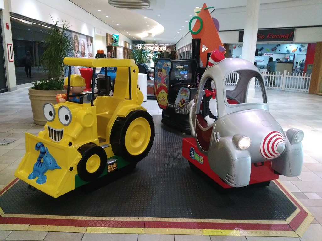 Myrtle Beach Mall Kiddie Rides The Main Platform Of
