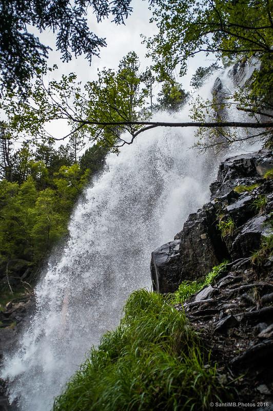 La cascada de Ratera por el lado