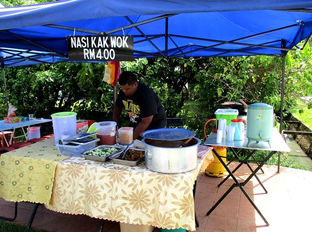Nasi Kak Wok stall, Bandong