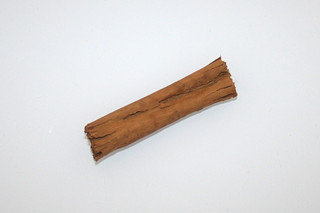 13 - Zutat Zimtstange / Ingredient cinnamon stick