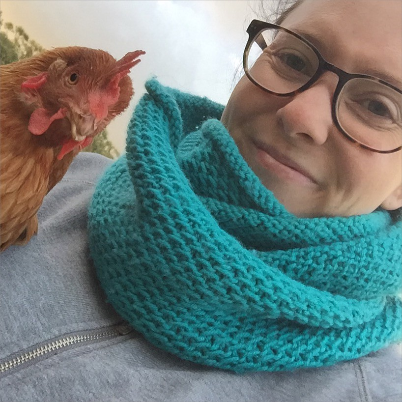 honey cowl knitted up in teal moda vera pure wool