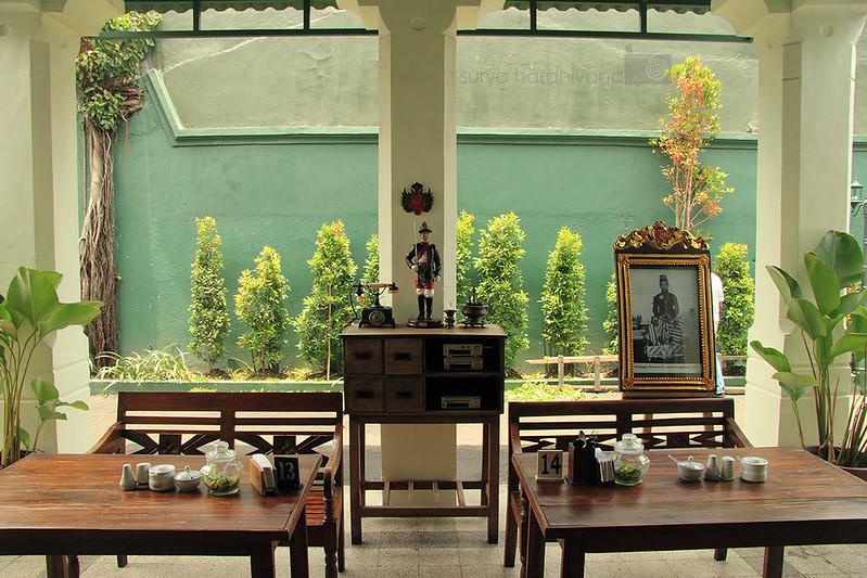 Suasana di Rumah Makan Bakmi Jogja Trunojoyo, Surabaya
