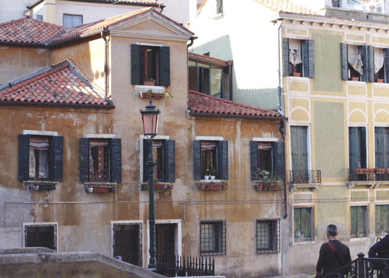 Italian Houses, Bumpkin Betty