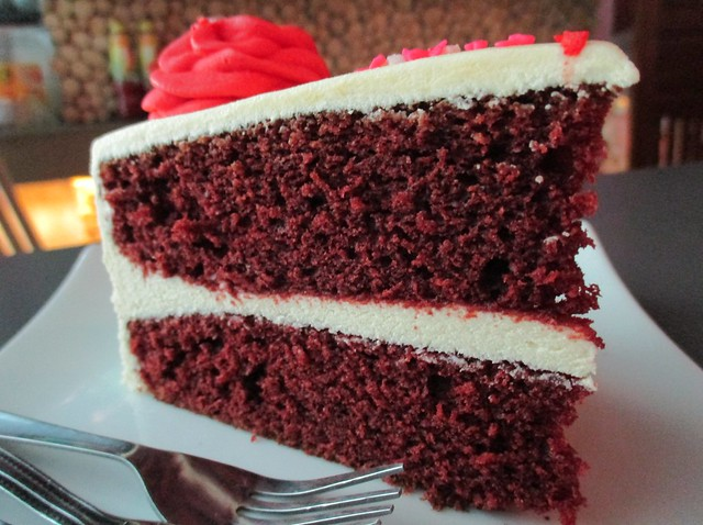 Cafe Cafe Giant red velvet cake