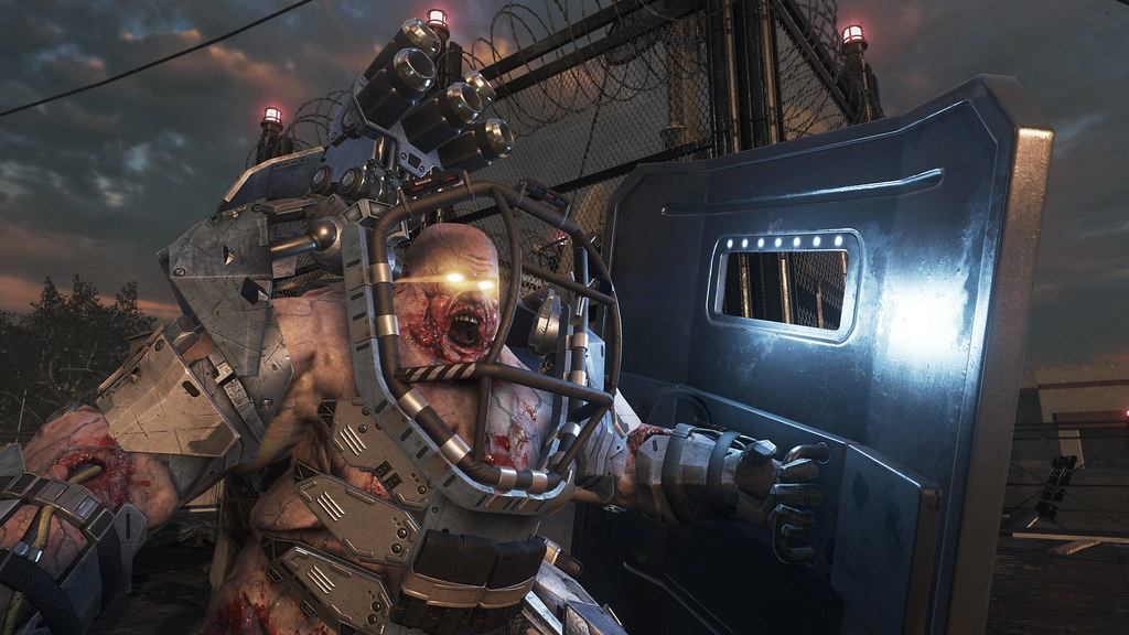 Call of Duty: Advanced Warfare (GOD)RUSSOUND
