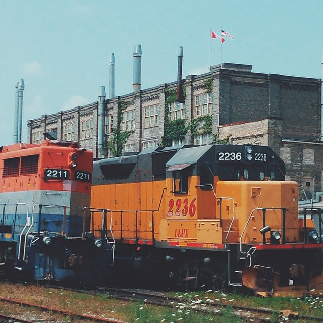 Engines Waiting At The Kitchener Train Station 126 Weber