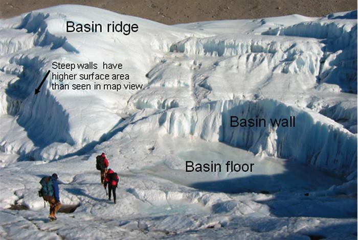 Basin floor and ridges of the Taylor Glacier